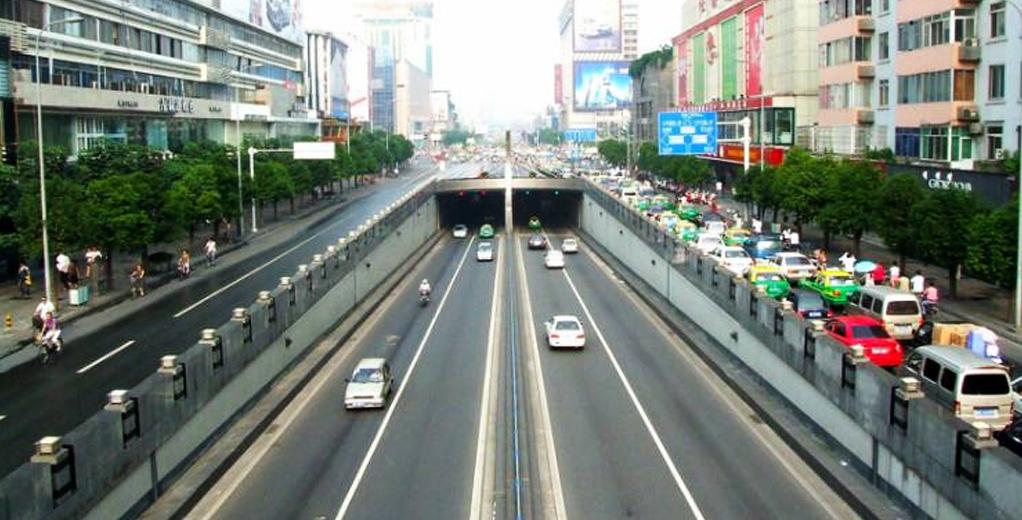 成都市天府下穿隧道采用阻燃護套電纜等產品